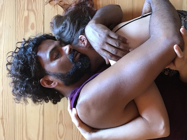 Tantra in Afroz – Friendship is the word